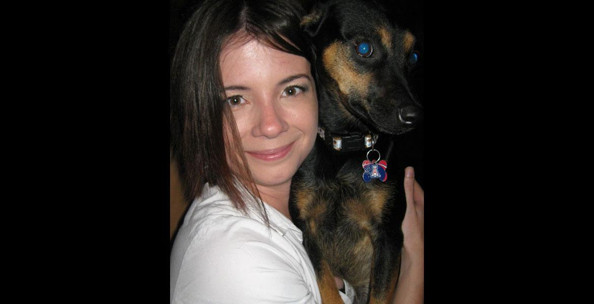 2010 da Vinci scholar Kelly Thompson and her dog.