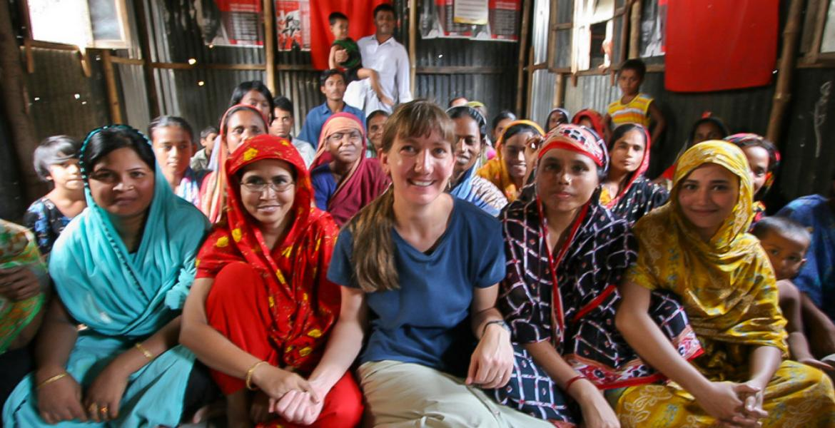 Marla Smith-Nilson meets Dhaka residents