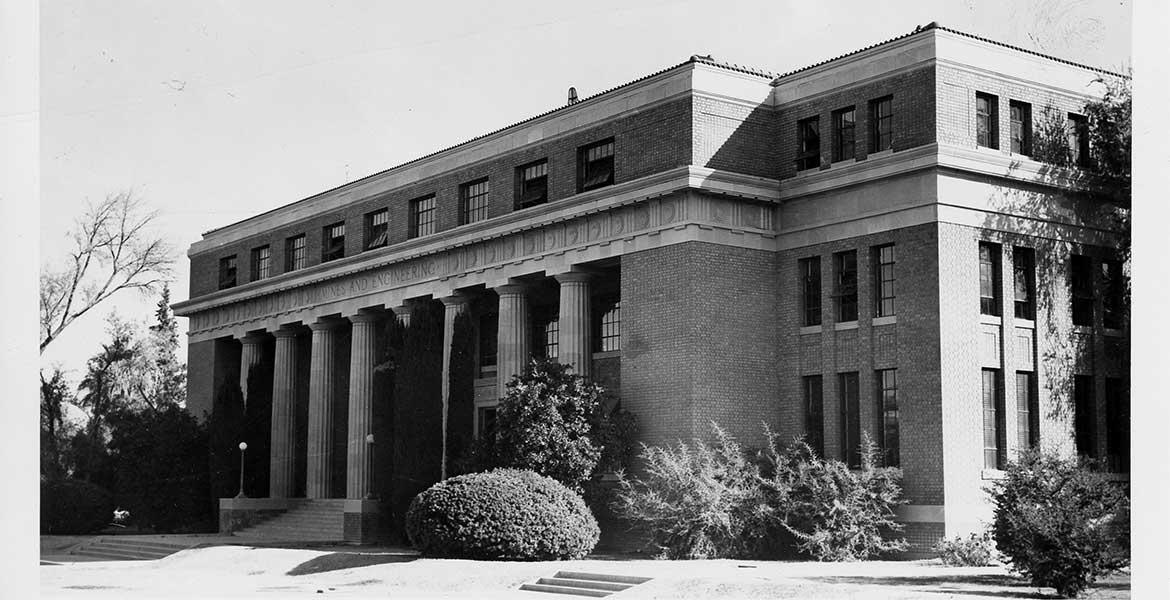 Black-and-white photo of the UA Engineering Building in 1956.