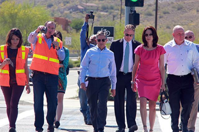 Larry Head demonstrates traffic system
