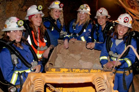 UA mine rescue team in the San Xavier Underground Mining Laboratory