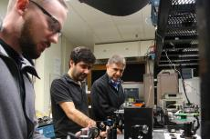 Joshua Olson, Veysi Demir and Nasser Peyghambarian in the lab